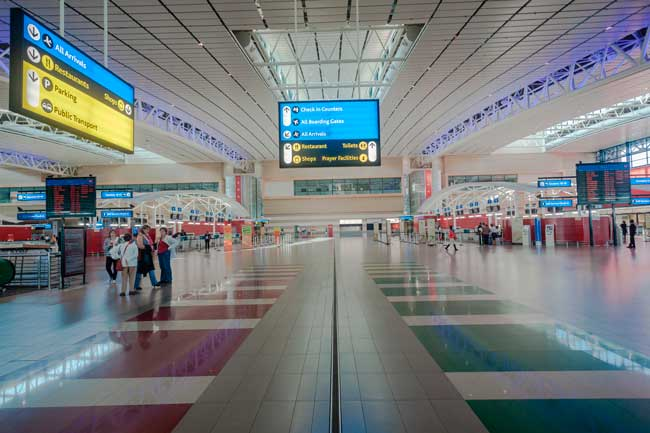 Durban Airport consist of a single passenger terminal divided into two levels.